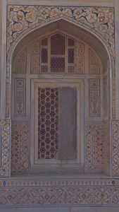 Agra03